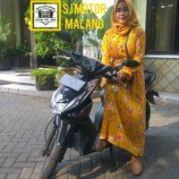 Sewa Motor 100cc murah
